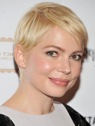 Michelle Williams Short Layered Hair