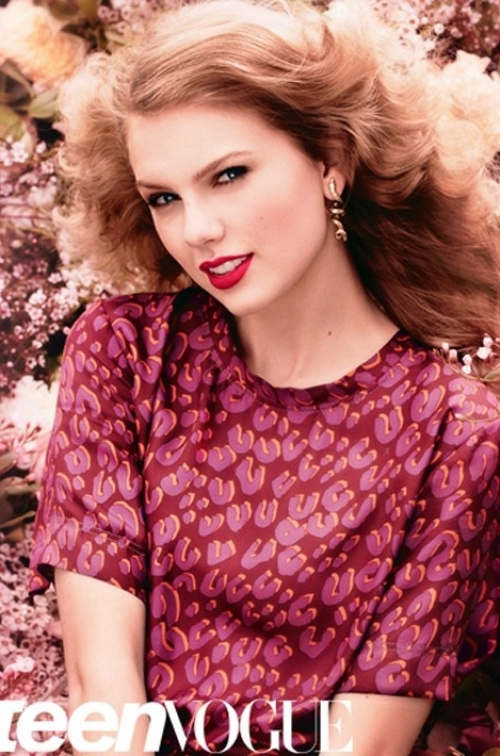 Taylor Swift Covers Teen Vogue August 2011