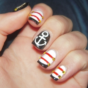 nautical nails thumb wonderful polish Stylish manicure stripes nail art design stripes nail art silver glitter shiny look nails with dots and lines Luxury manicure French manicure decorated nails black polish beautiful manicure