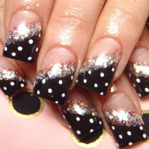 polka dots nail art thumb wonderful polish Stylish manicure stripes nail art design stripes nail art silver glitter shiny look nails with dots and lines Luxury manicure French manicure decorated nails black polish beautiful manicure