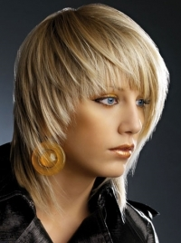 Sleek Medium Layered Hair Styles