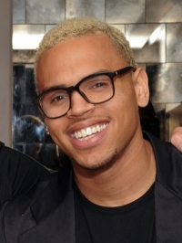 Chris Brown Apologizes for GMA Incident