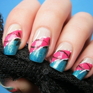nail art 2 thumb wonderful polish trend in manicure stylish nail art modern design great nails decorated nails combination of pink and blue Blue and pink nail design beautiful nails amazing polish
