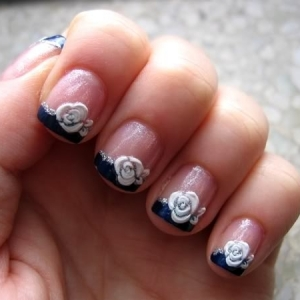 short nail art trend thumb trends in manicure Stylish manicure nails with roses nails art design Luxury manicure latest nails designs French manicure elegant manicure dotted manicure decorated manicure amazing design