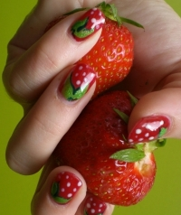 Super-Simple Spring Nail Art Ideas
