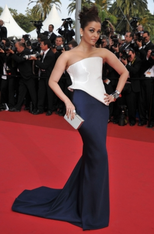Aishwarya Rai in Armani Prive