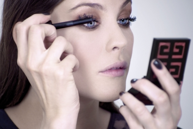 Liv Tyler for New Givenchy Demesure Mascara