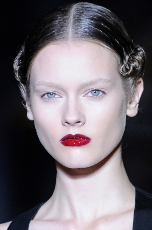 Summer 2011 Slicked Hairstyle Trends