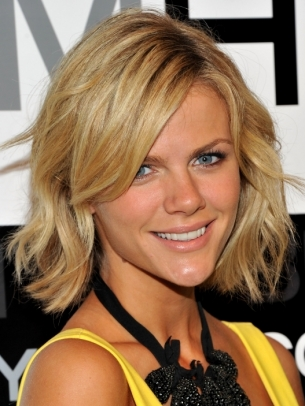 Brooklyn Decker Medium Bob Hair