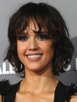 Jessica Alba Choppy Medium Hair