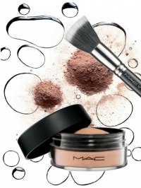 MAC Magically Cool Liquid Powder Collection 2011