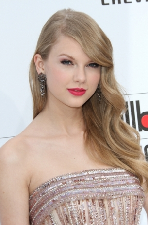 Celebrity Hairstyles – 2011 Billboard Music Awards