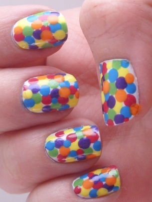 طلاء اظافر جريمى جديد 2015 polka_dot_nails_3_thumb.jpg