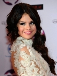 Best Celebrity Hairstyles from 2011 MTV EMAs