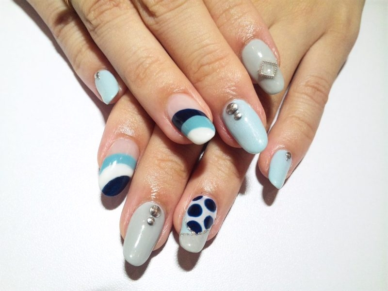 Simple Must Try Nail Art Ideas.
