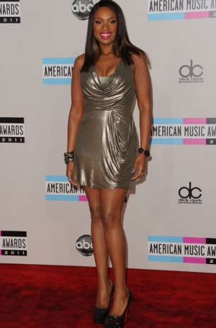 Jennifer Hudson at the 2011 AMAs Red Carpet