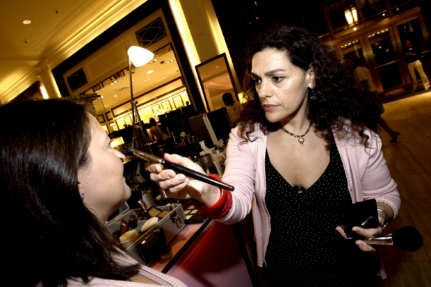 Professional Makeup Tips From Laura Mercier