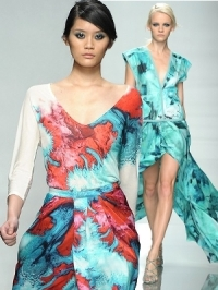 Emanuel Ungaro Spring 2012 - Paris Fashion Week