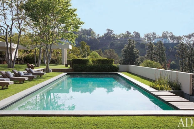 Ellen DeGeneres and Portia de Rossi Home in Architectural Digest