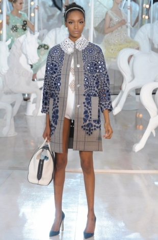 Louis Vuitton Spring 2012 - Paris Fashion Week