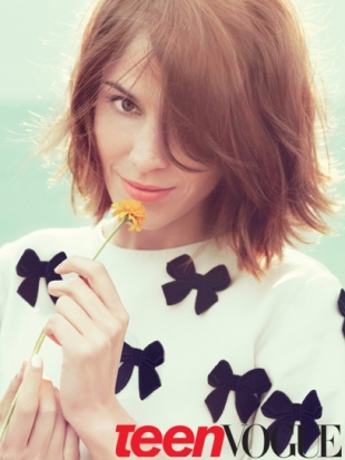 Alexa Chung Covers Teen Vogue November 2011