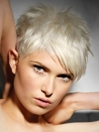 Stylish Short Layered Hairstyles