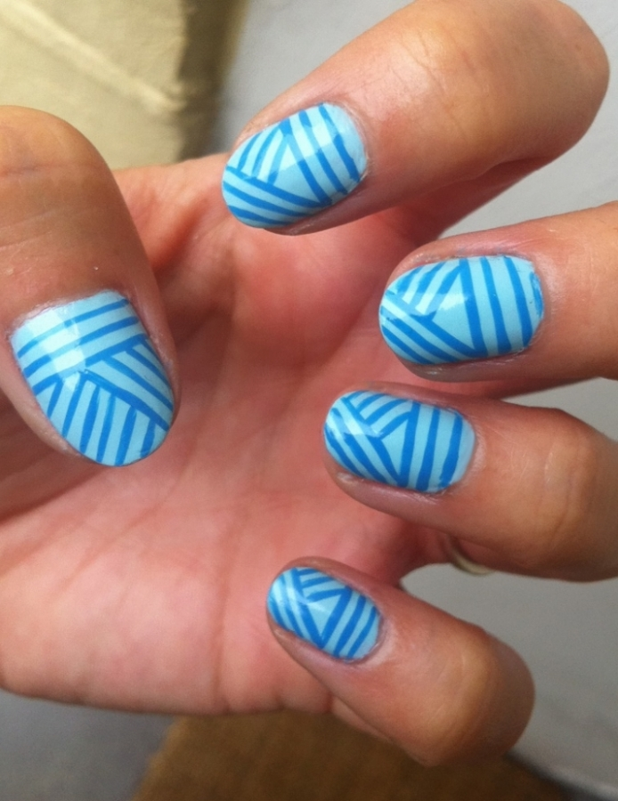 Nail Art Stripes Designs Images & Pictures - Becuo