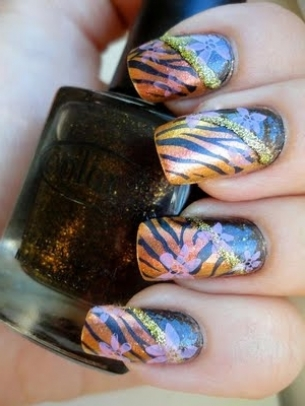 Chic Nail Art Designs for Fall/Winter 2011