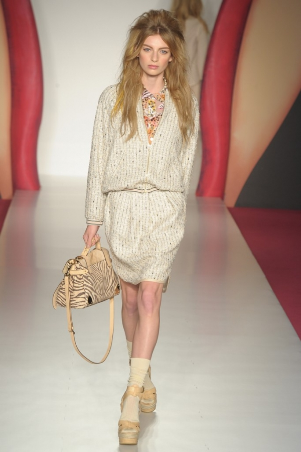 Mulberry Spring 2012 - London Fashion Week ... 96d87ffa72cdd