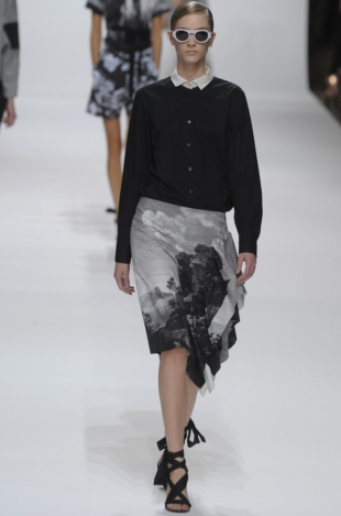 Dries Van Noten Spring 2012 - Paris Fashion Week