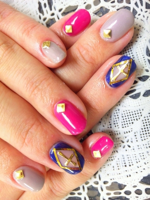 Modern Nails Posts: Head-Turning Nail Art Trends