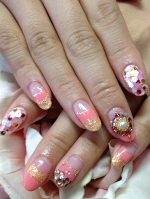 On Trend Nail Art