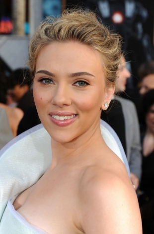 Scarlett Johansson Red Carpet Makeup