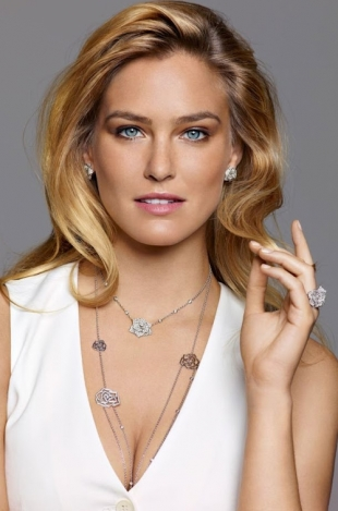 Bar Refaeli for Piaget Rose 2012