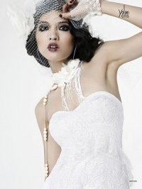 YolanCris 2012 'Lumière' Bridal Collection