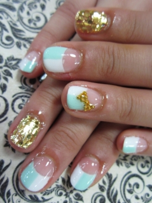 Groovy Spring Nail Art