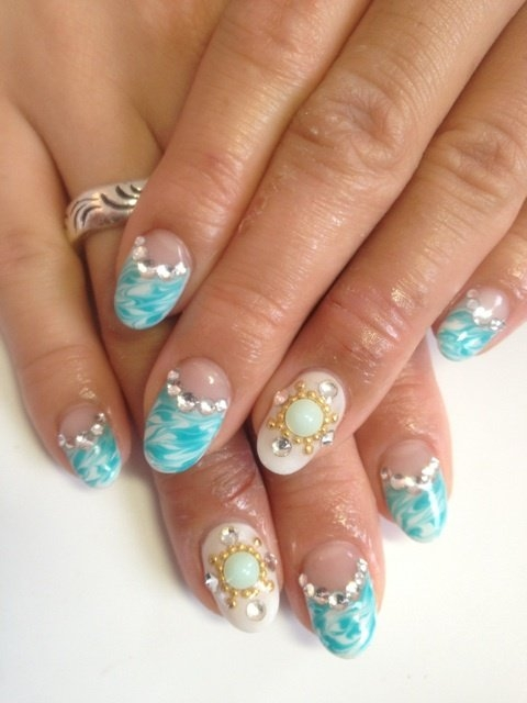 Chic Nail Art Ideas and Styles.