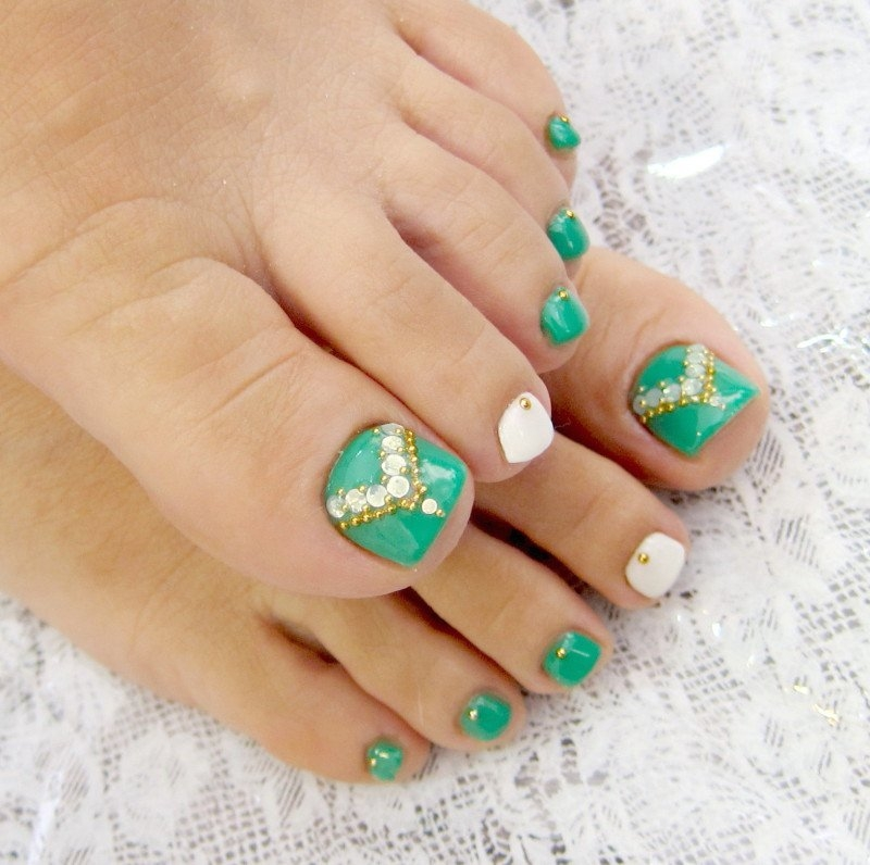Foot Nail Art Design: Pedicure Nail Art Designs For Fall