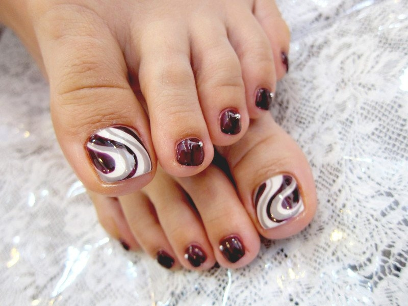 Pedicure Nail Art Designs for Fall.