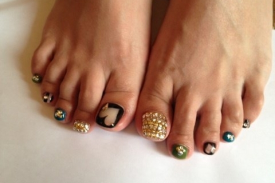 ... /hands_and_nails/cool_pedicure_nail_art_ideas_for_fall_2012-8567.html