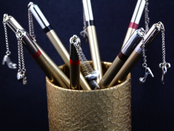 Dolce&Gabbana Charm Pencil Collection