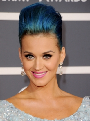 Katy Perry Updo Hairstyle 2012 Grammy Awards
