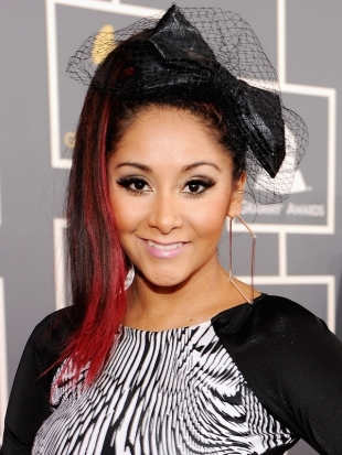 Snooki Ponytail Hairstyle 2012 Grammy Awards