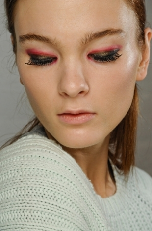 Fall 2012 Runway Beauty Trends - New York Fashion Week