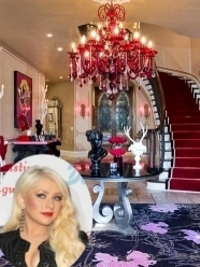 Christina Aguilera Puts Beverly Hills Mansion on Market for $13.5 Million
