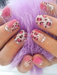 Flirty Nail Art Designs for Summer