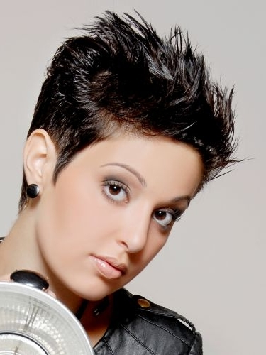 Sexy Short Pixie Haircuts|