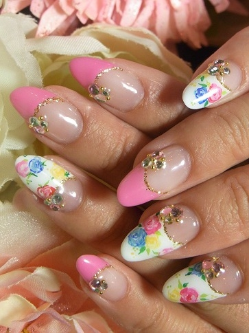 Glam Nail Art Designs To Try