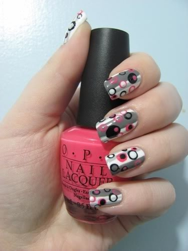 http://static.becomegorgeous.com/img/arts/2012/Jan/20/6510/lovely_nail_art_print.jpg