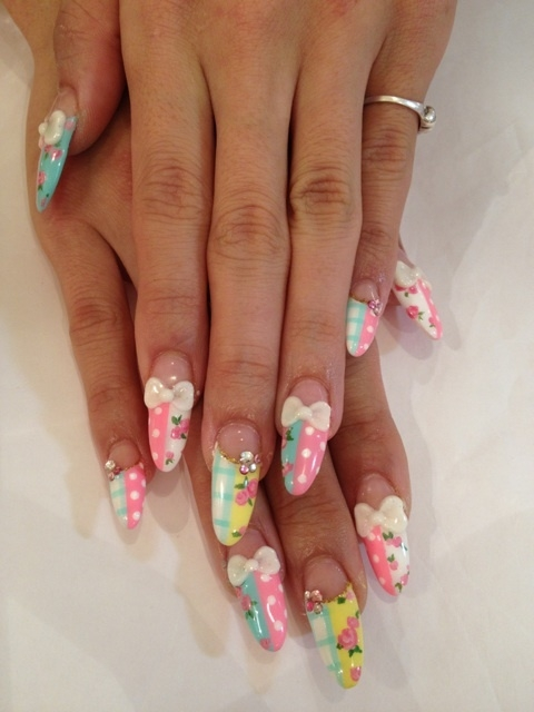 Floral Nail Art Designs Are